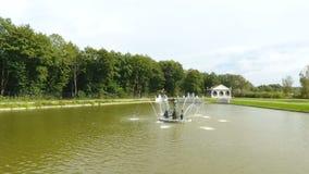 Fonte no lago filme