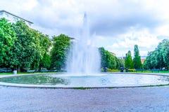 Fonte no parque em Éstocolmo imagens de stock royalty free
