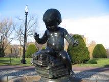 Fonte pequena da criança, jardim de Boston Public, Boston, Massachusetts, EUA Foto de Stock Royalty Free