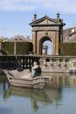 Fonte quadrada Lazio, Itália Imagens de Stock