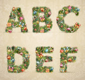 Fonte tipografica dell'albero di Natale con le bagattelle Immagini Stock