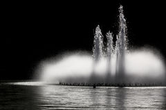 Fontein bij nacht Royalty-vrije Stock Fotografie