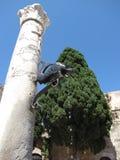 Fontein in de oude stad van Rhodos Stock Foto