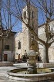 Fontein in een kleine plaats van Zuiden van Frankrijk Royalty-vrije Stock Fotografie