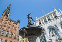Fontein in het oude centrum van de stad van Gdansk, Polen Stock Foto's
