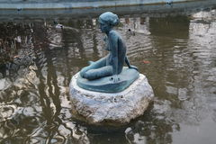 Fontein in Japanse Tuin in Margaret Island Royalty-vrije Stock Afbeeldingen