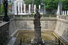 Fontein St Stanislaus op Skalka in het Christelijke deel van Kazim stock fotografie