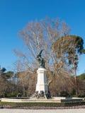 Fontein van Gevallen Engel, hoogtepunt van het Park van Buen Retiro Buen aangaande royalty-vrije stock foto