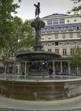Fontein van het Franse theater Parijs Frankrijk stock afbeelding