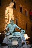 Fontein van Neptunus bij nacht Stock Afbeeldingen