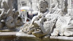 Fontein van Neptunus in Piazza Navona, Rome stock video