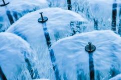 Fontein - waterparaplu's Stock Afbeeldingen