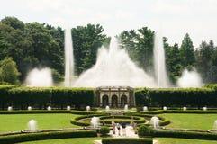 Fonteinen in de tuin royalty-vrije stock afbeeldingen