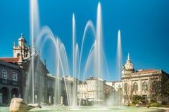 Fonteinen in Praca DA Republica in Braga stock afbeeldingen