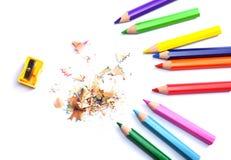 Fontes da escola e de escritório Fundo da escola Lápis coloridos isolados no branco Imagem de Stock Royalty Free