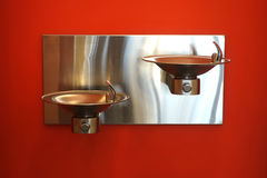 Fontes de água potável fotos de stock