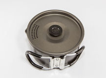 Fontes de acampamento usadas - Cookware imagem de stock