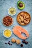 Fontes do alimento da seleção da ômega 3 e de gorduras não saturadas FO super imagens de stock