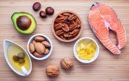 Fontes do alimento da seleção da ômega 3 e de gorduras não saturadas FO super Fotos de Stock Royalty Free