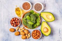 Fontes do vegetariano da ômega 3 e de gorduras não saturadas foto de stock