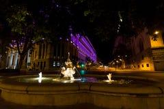 Fontes na noite no Madri, Espanha Imagens de Stock Royalty Free