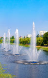 Fontes no panorama das fontes de Rusanivka do distrito de Kiev Kiev Reino Unido Imagem de Stock Royalty Free