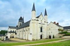 Fontevraud abbotskloster, västra fasadkyrka. Religiös byggnad. Loire Valley. Frankrike. Arkivfoto