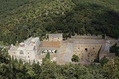 Fontfroide-Abtei von den Himmeln Stockbild
