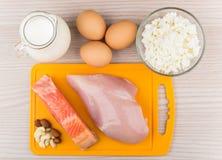Fonti dei prodotti di proteine ed acidi grassi insaturi Fotografie Stock Libere da Diritti