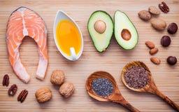 Fonti dell'alimento di selezione di Omega 3 e di grassi insaturi le FO eccellenti Fotografie Stock