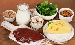 Fonti dell'alimento di vitamina B2 Fotografia Stock Libera da Diritti