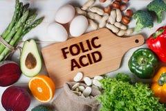 Fonti naturali di acido folico fotografia stock