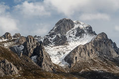 Fontun peak with snow in winter. Mountain Leonesa, Leon, Spain. Stock Photography