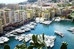 Fontvieille hamn i furstendömet Monaco Royaltyfri Fotografi