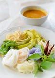Food.KaNom tailandeses deliciosos jeen los tallarines Fotos de archivo