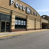 Food Lion grocery store Stock Photos