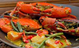 "Food from the Philippines, ""Alimango"" (Mud Crabs). An all-time  special is the creamy ""Ginataang Alimango"" (Crabs in coconut milk) a simple yet tasty Stock Photos"
