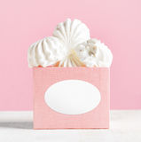 White marshmallow dessert in pink box Royalty Free Stock Images