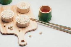 Foods för festival för höst för Retro tappningstil kinesiska mitt- tradition Royaltyfri Fotografi