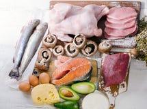 Foods högt i vitaminet B5 Sunt banta äta begrepp royaltyfri fotografi