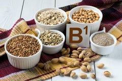 Foods som är rika i vitaminet B1 Arkivfoto