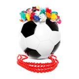 Footbal con una ghirlanda e una collana polacche Fotografia Stock Libera da Diritti