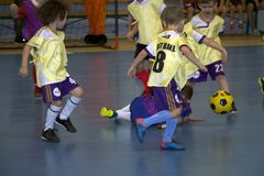 Footballers d'enfants images stock