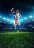 Footballeur dans l'action images libres de droits