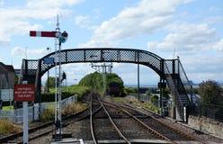 Footbridge над железной дорогой Стоковые Фотографии RF