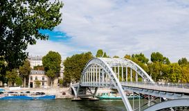 Footbridge in the centre of paris Stock Photography