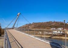 Footbridge nad Altmuehl rzeką w Kelheim zdjęcie stock