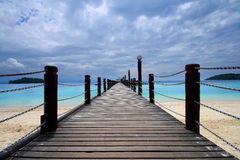 Footbridge and ocean Royalty Free Stock Images