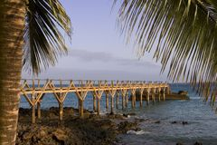 Footbridge over the ocean. Royalty Free Stock Photos