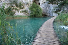 Footbridge - plitvice lakes Royalty Free Stock Photo